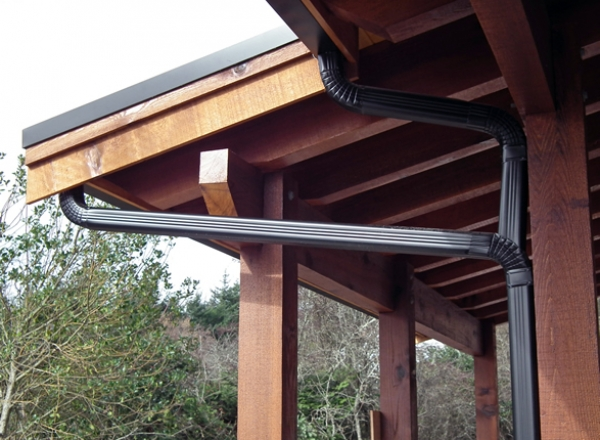 aluminum gutters & downspout installation in victoria